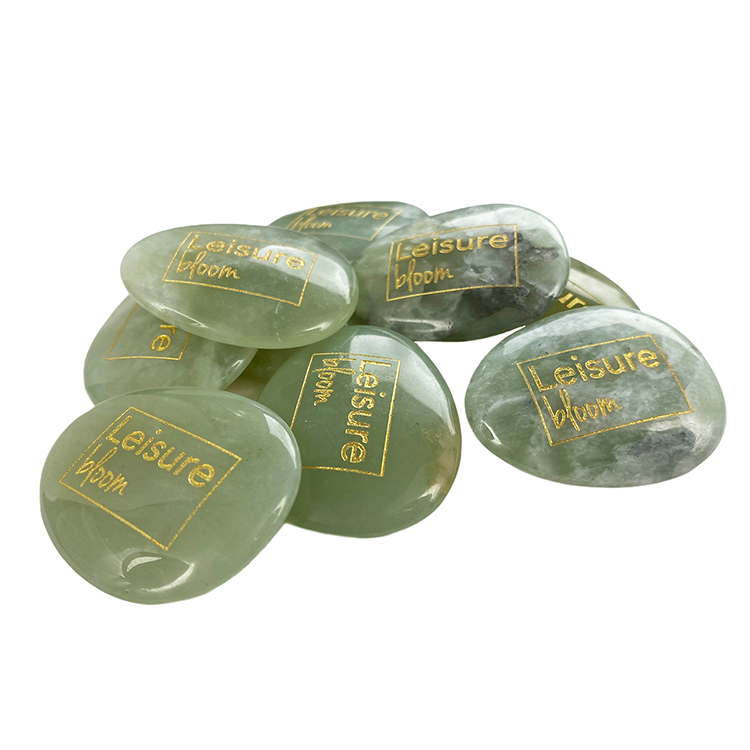 Groene jade worry stone